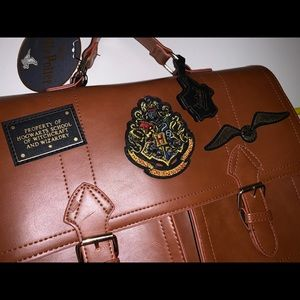 NWT Harry Potter Golden Snitch Satchel Primark